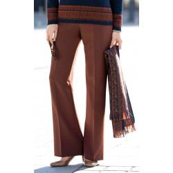 Pantalon au bas évasé